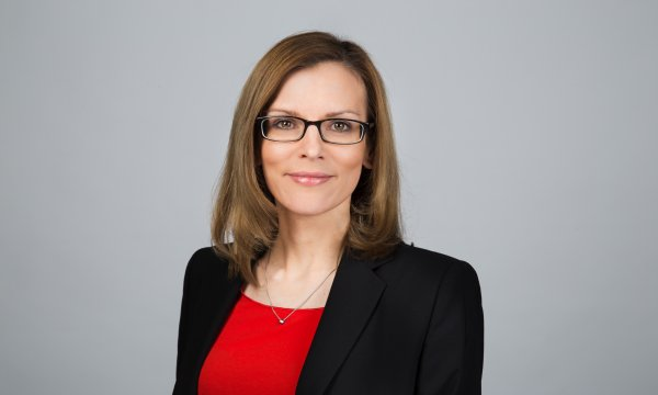 This is a photo of Bianca Schmitz, ESMT Berlin.