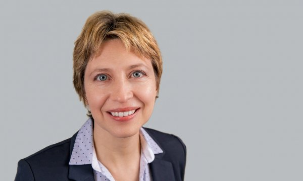 This is a photo of Prof. Monica Perez, ESMT Berlin